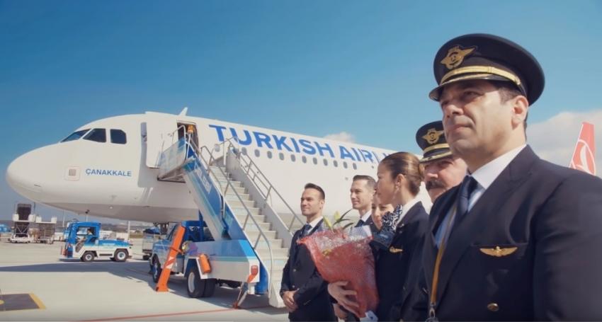 THY Çanakkale'ye ilk uçuşunu şehitlere adadı
