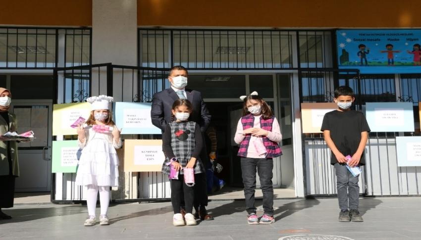 Çocuklar için korona virüs farkındalık etkinliği