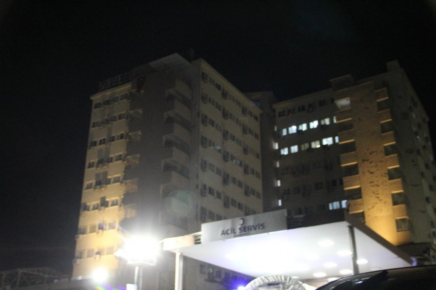 Silahlı kavga hastaneye taşındı: 1 ölü, 5 ağır yaralı