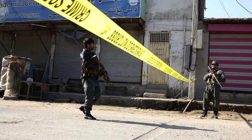 İki camiye silahlı saldırı