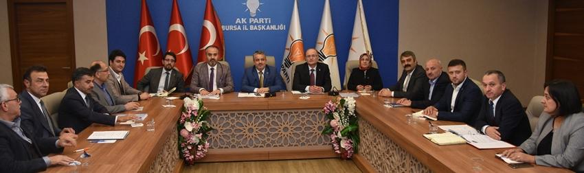 AK Parti Bursa il yönetimi toplandı