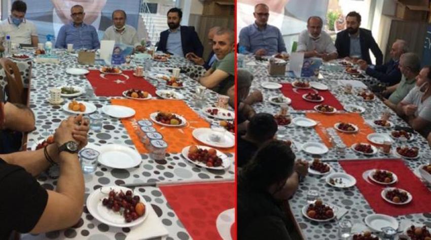 AK Parti'nin ilçe toplantısında skandal görüntü!