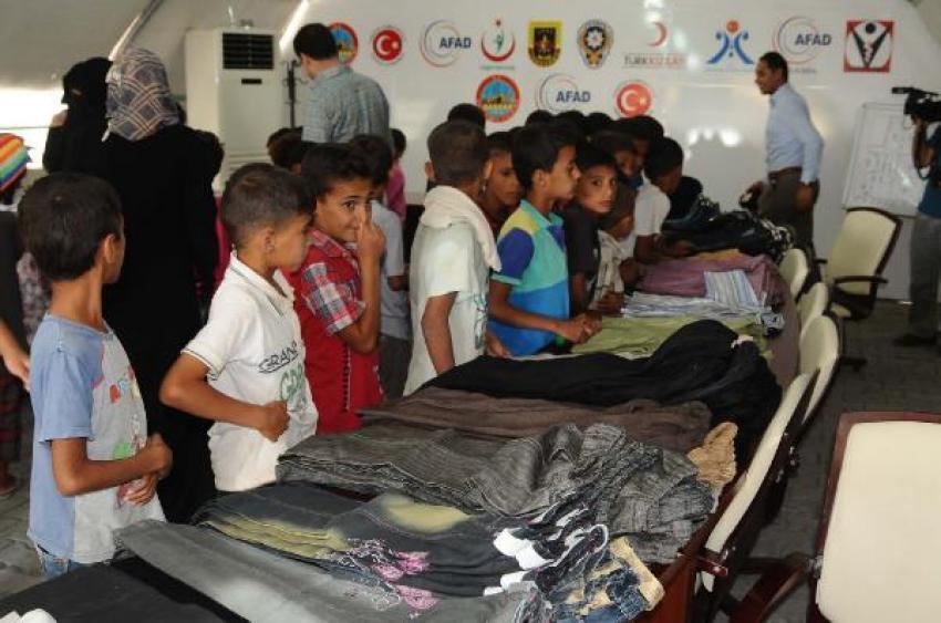 2 bin 500 Suriyeli çocuğa bayramlık