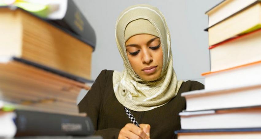 Almanya'da Müslüman öğrencilere skandal sorular!