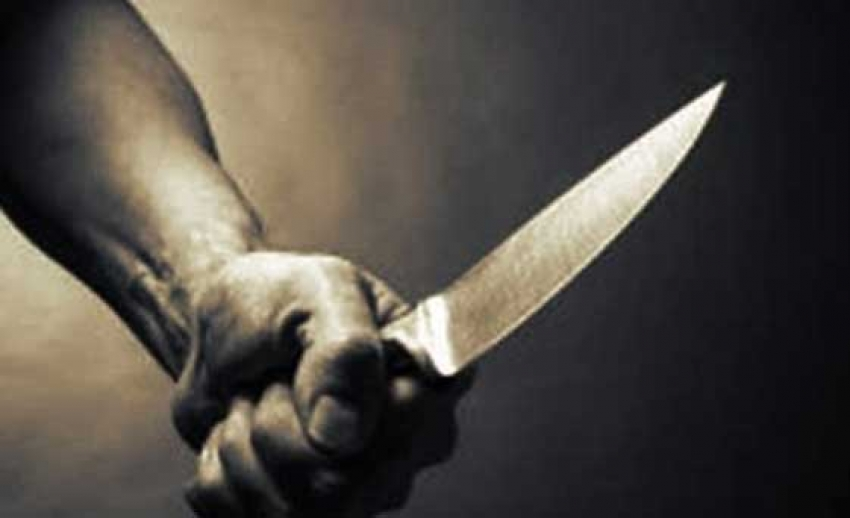 Horlayan arkadaşını bıçaklayarak öldürdü