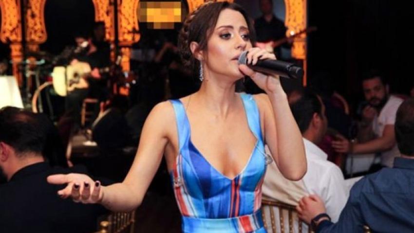 Ünlü şarkıcı kendisini evde karantinaya aldı