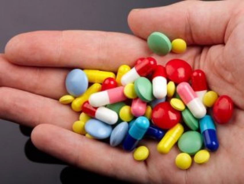 Bilinçsiz kullanılan antibiyotikler zarar veriyor