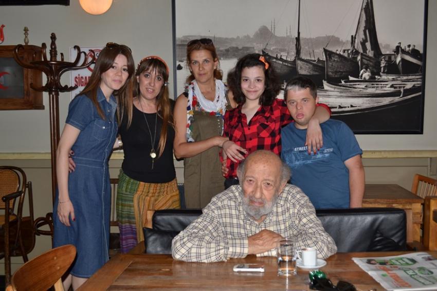 NİŞ Fotoğraf Projesi öğrencileri Ara Güler ile tanıştı