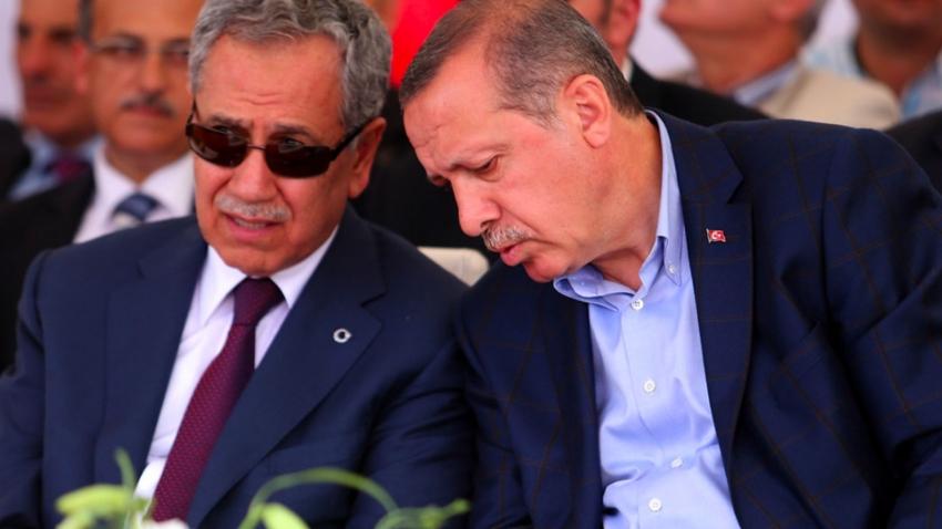 Arınç'la Erdoğan'ın istifa konuşması