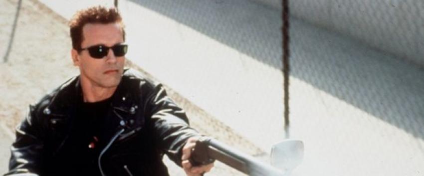 Arnold Schwarzenegger Terminatör'le dönüyor