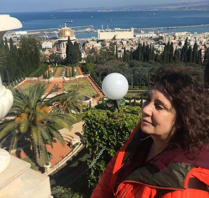 Bursalı Gazeteci - Yazar Arzu Arınel, okurlarıyla buluşuyor