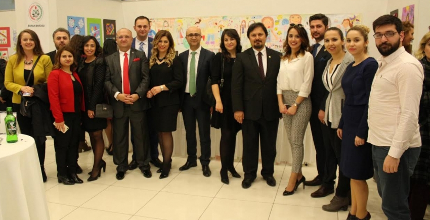 25 yıllık avukatlara plaket