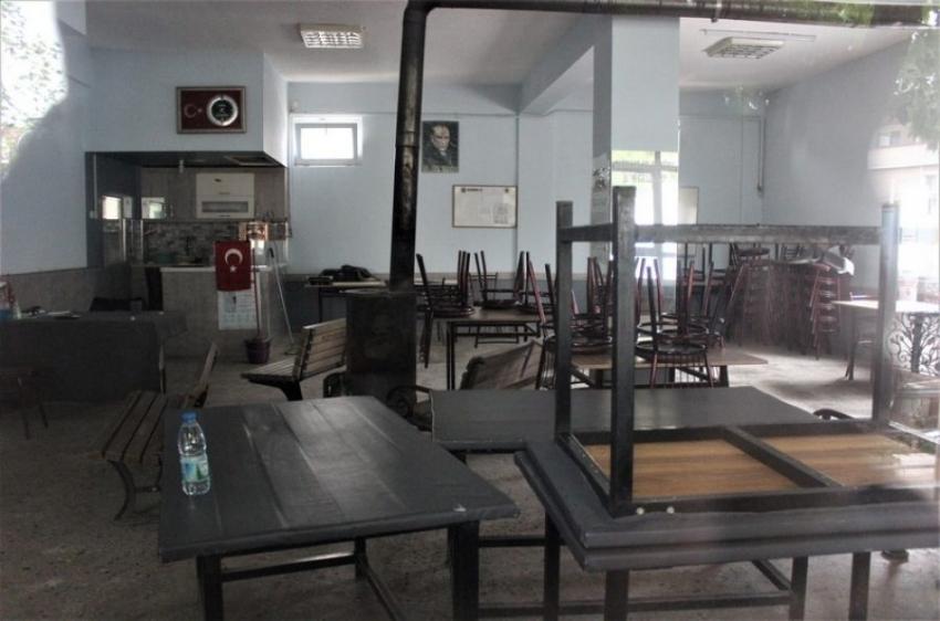 Bursa'nın o ilçesinde kahvehaneler kapandı