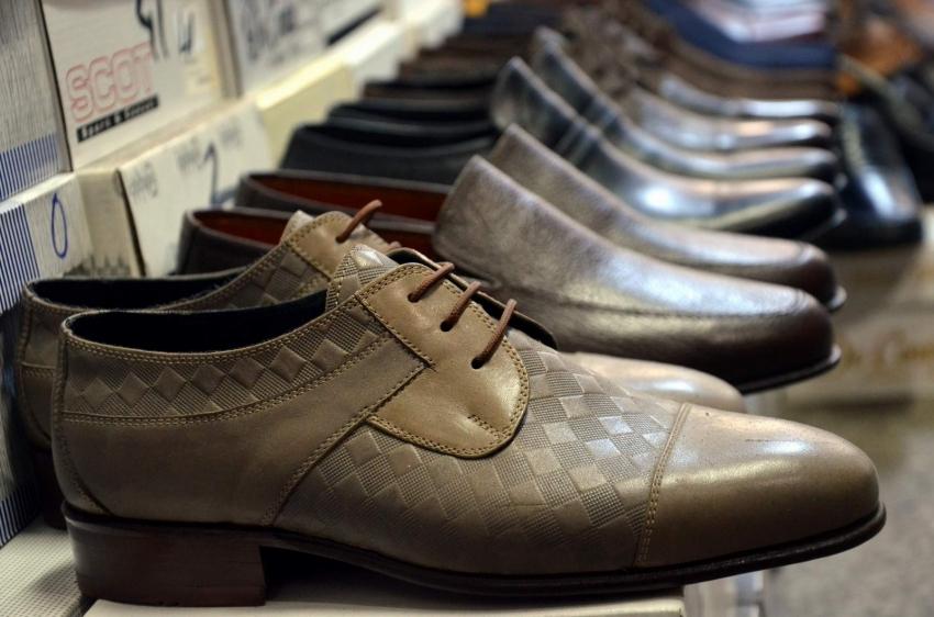 Bursa'da el işi ayakkabılar müşterilerin gözdesi