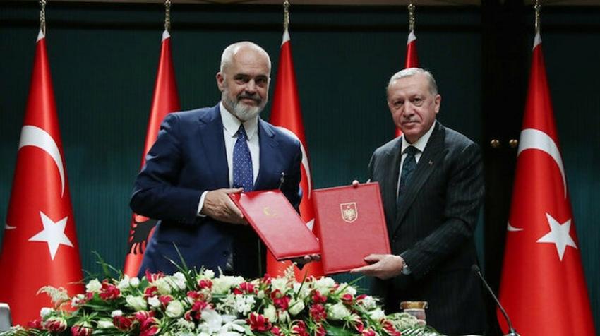 Türkiye'de Arnavutça, Arnavutluk'ta Türkçe seçmeli ders olarak okutulacak