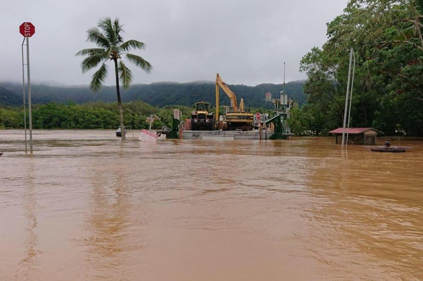 Avustralya'da 500 ev sular altında kaldı