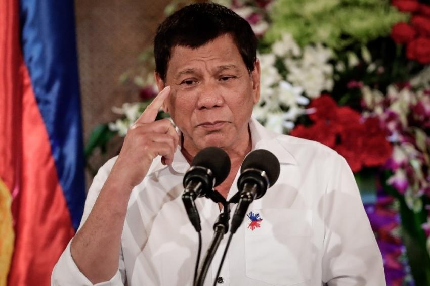 Filipinler Devlet Başkanından şok cinayet itirafı