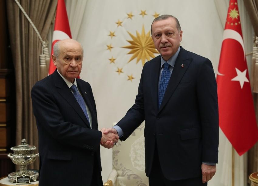 Rusya Türk iş adamlarına ve tır şoförlerine vizeyi kaldırdı