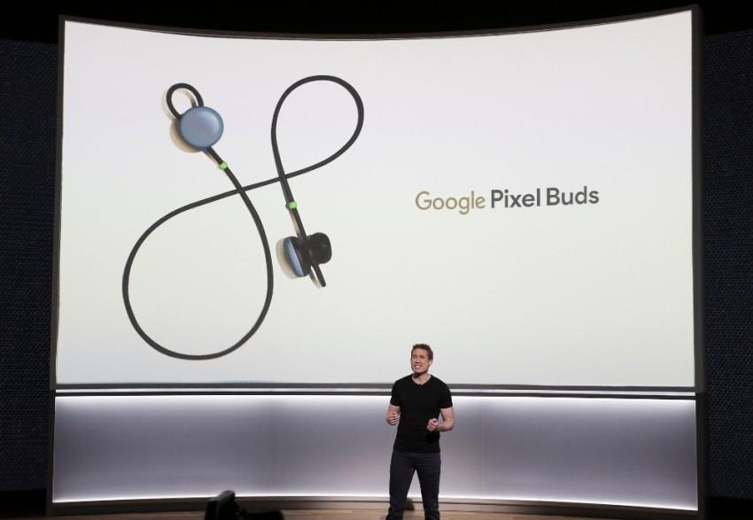 Google'dan 40 dilde çeviri yapabilen kulaklık