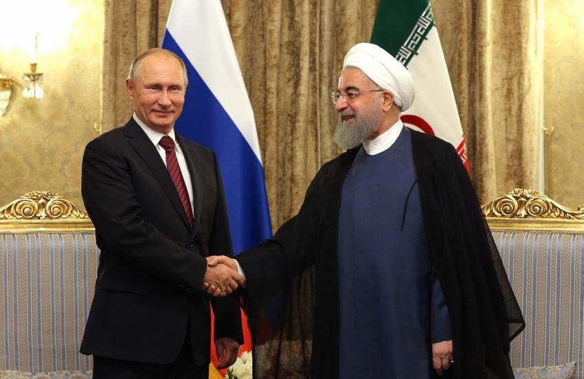 Putin, Ruhani ile görüştü