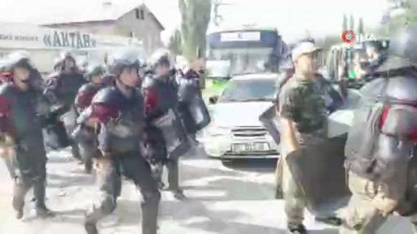 """Kırgızistan İçişleri Bakanlığı: """"Atambayev gözaltında tutuluyor"""""""