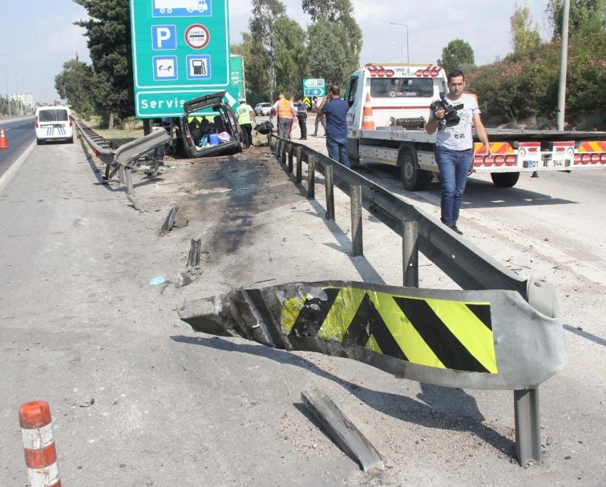 Adana'da feci kaza: 3 ölü, 6 yaralı