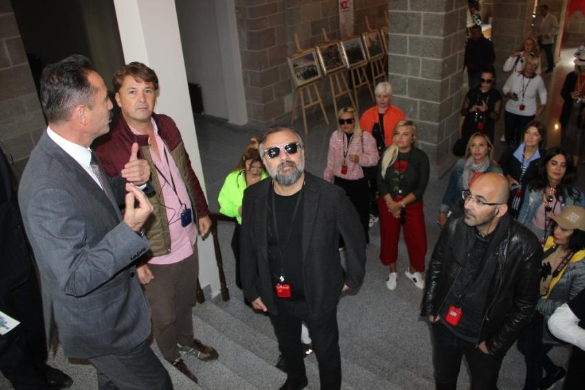 Ünlüler Erzurum'un tarihi mekanlarını gezdi