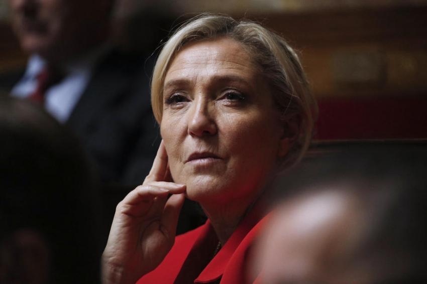 """Le Pen: """"2022'de aday olacağım"""""""