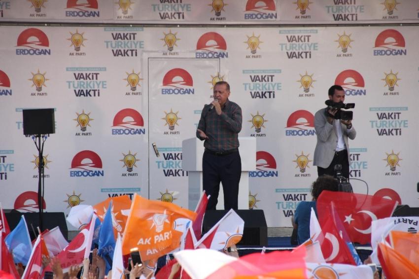 Erdoğan: Bu ne edepsizlik !