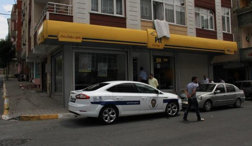 Bağcılar'da PTT şubesi soyuldu!