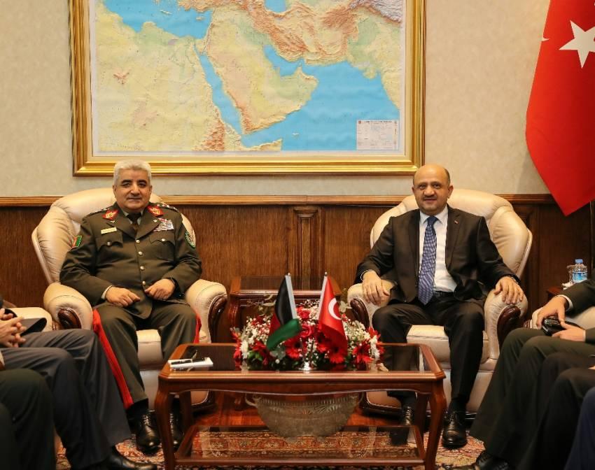 Bakan Işık Afgan Genelkurmay Başkanını kabul etti
