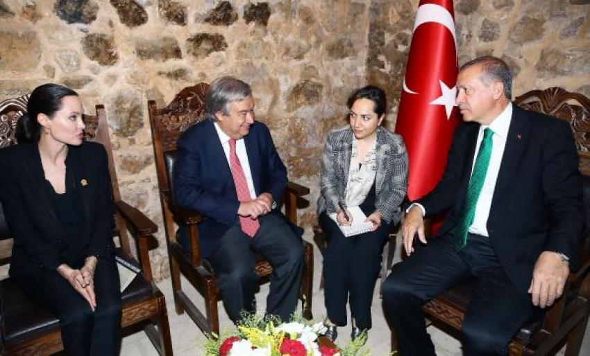 Erdoğan, BM Yüksek Komiseri Guterres ve Angelina Jolie ile bir araya geldi