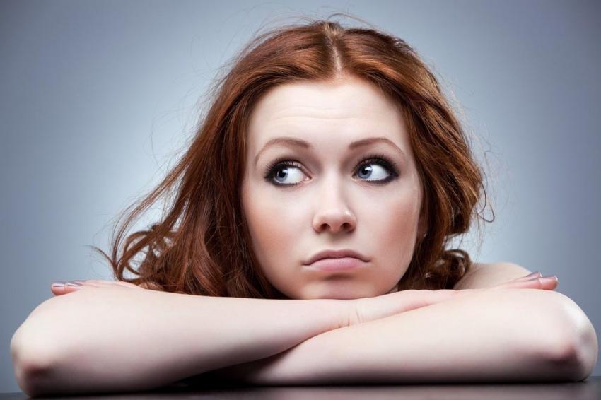 """""""Saçlar hormona bağlı parlaklığını kaybedebilir"""""""