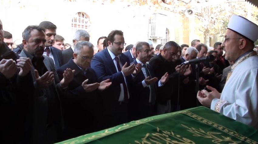 Naci Ağbal amcasının cenaze törenine katıldı