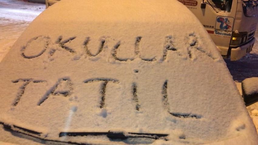 Birçok ilde öğrencilere kar tatili