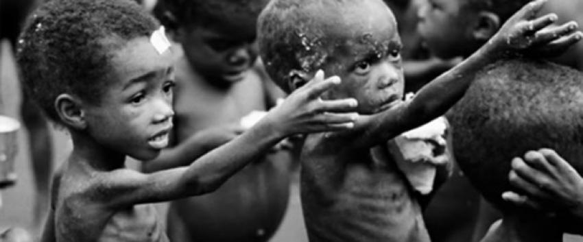 """""""Bebekler Açlığa Dayanamaz"""""""