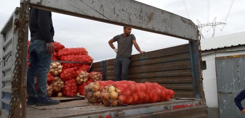 Depolara baskın yapıldı, soğan fiyatları 30 kuruş düştü