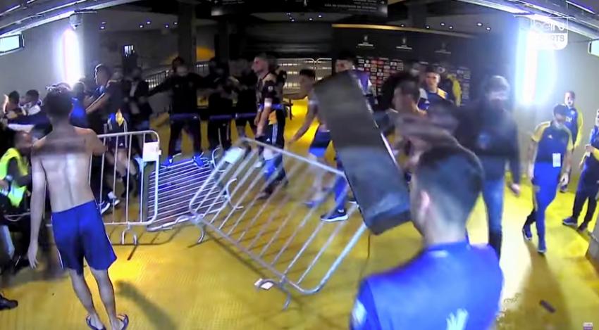 Boca Juniorslı oyuncular, polisle çatıştı