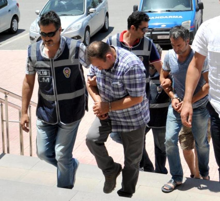 İnsan kaçakçılığına 3 tutuklama