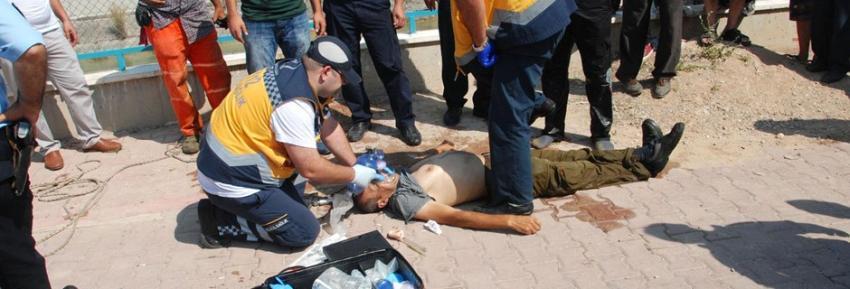 Boğulmak üzere olan çocukları kurtarırken ölüyordu