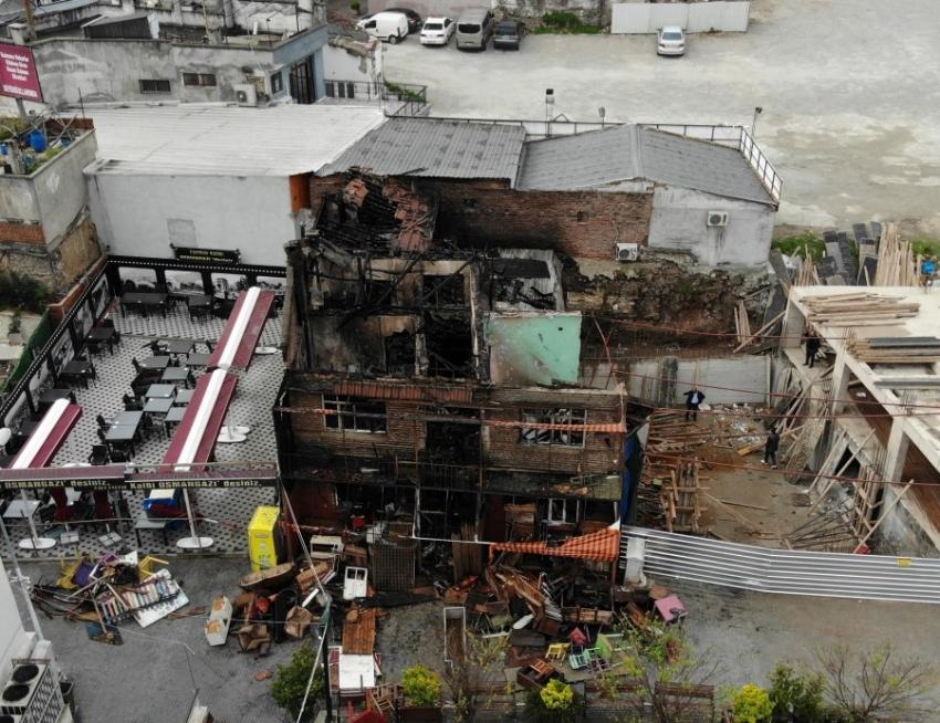Bursa'da çıkan yangının hasarı...