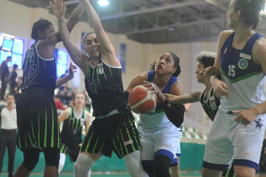 Bursa Büyükşehir Belediyespor 54-61 Urla Belediyespor