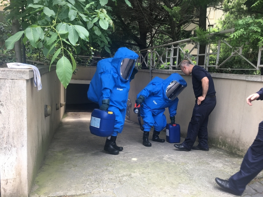 Apartman görevlisi havuza dökülen kimyasaldan zehirlendi