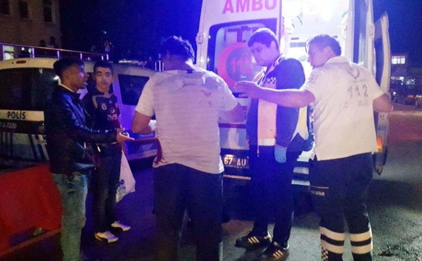 Bıçaklandılar, hastane yerine karakola gittiler