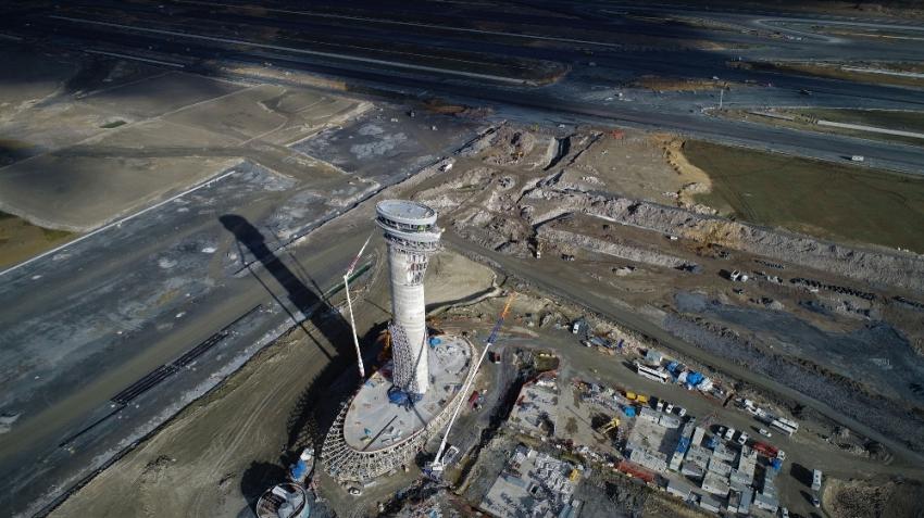 3. Havalimanı'nın lale figürlü kulesi