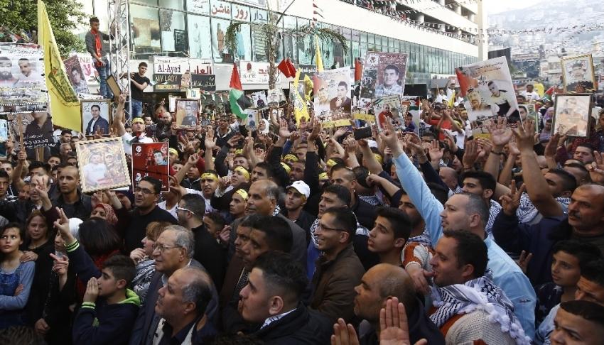 İsrail Filistinli mahkumlara 'terörist' dedi