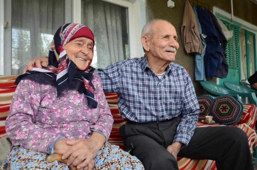 Erdoğan aşığı yaşlı çift