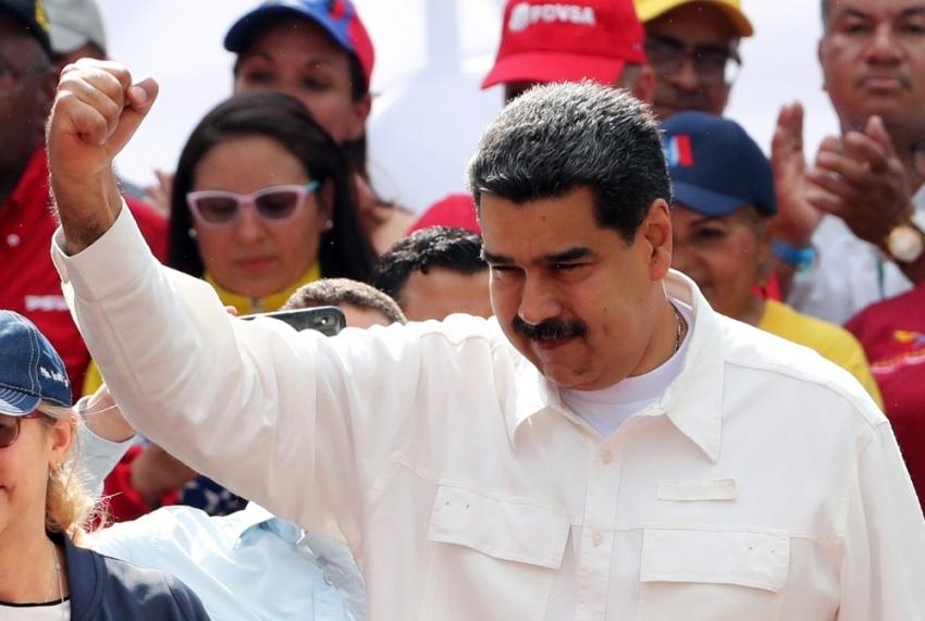 """Maduro: """"ABD'nin uçuşları durdurması hareket özgürlüğüne saldırı"""""""