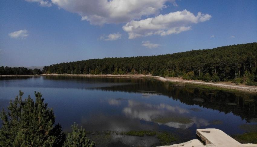 Kurt Gölü, eşsiz doğası ile görenleri mest ediyor