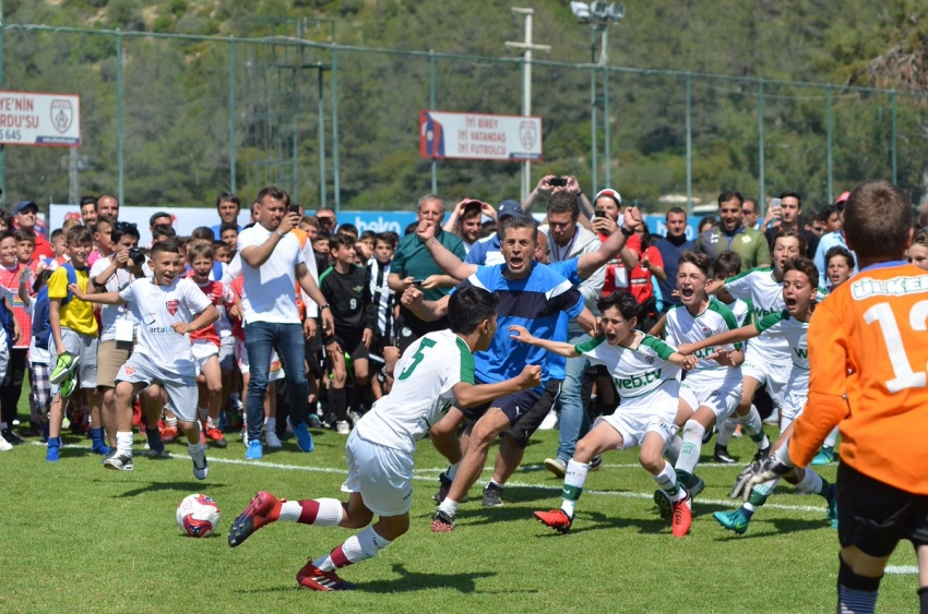Şampiyon Bursaspor U12